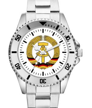 DDR Armbanduhr mit Metallarmband