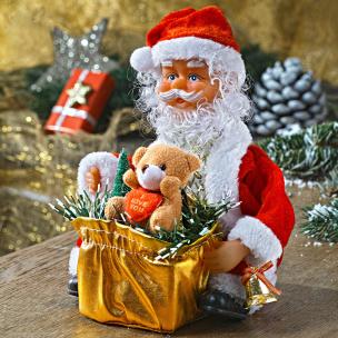 Nikolaus mit Geschenk
