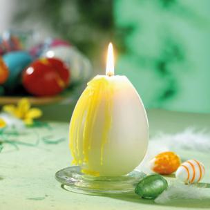 Kerze: Ei mit auslaufenden Eigelb